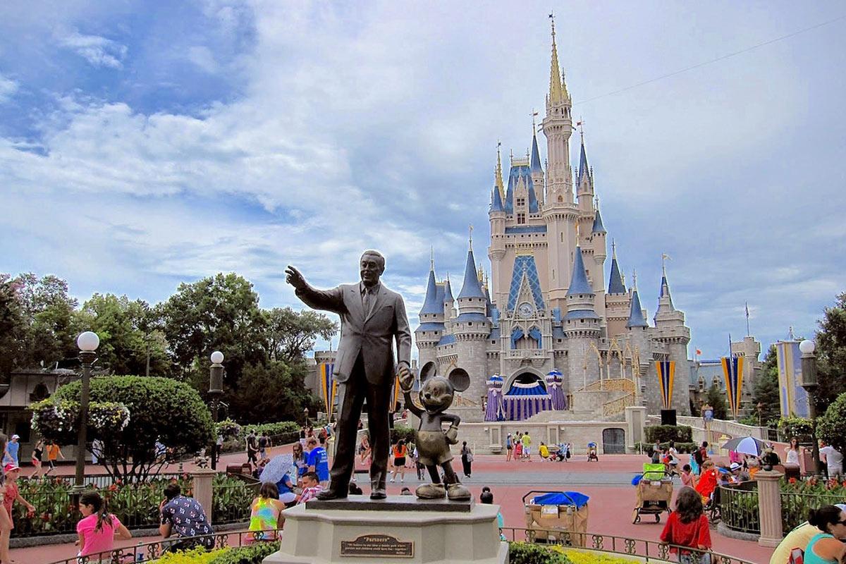 Disney Familiar